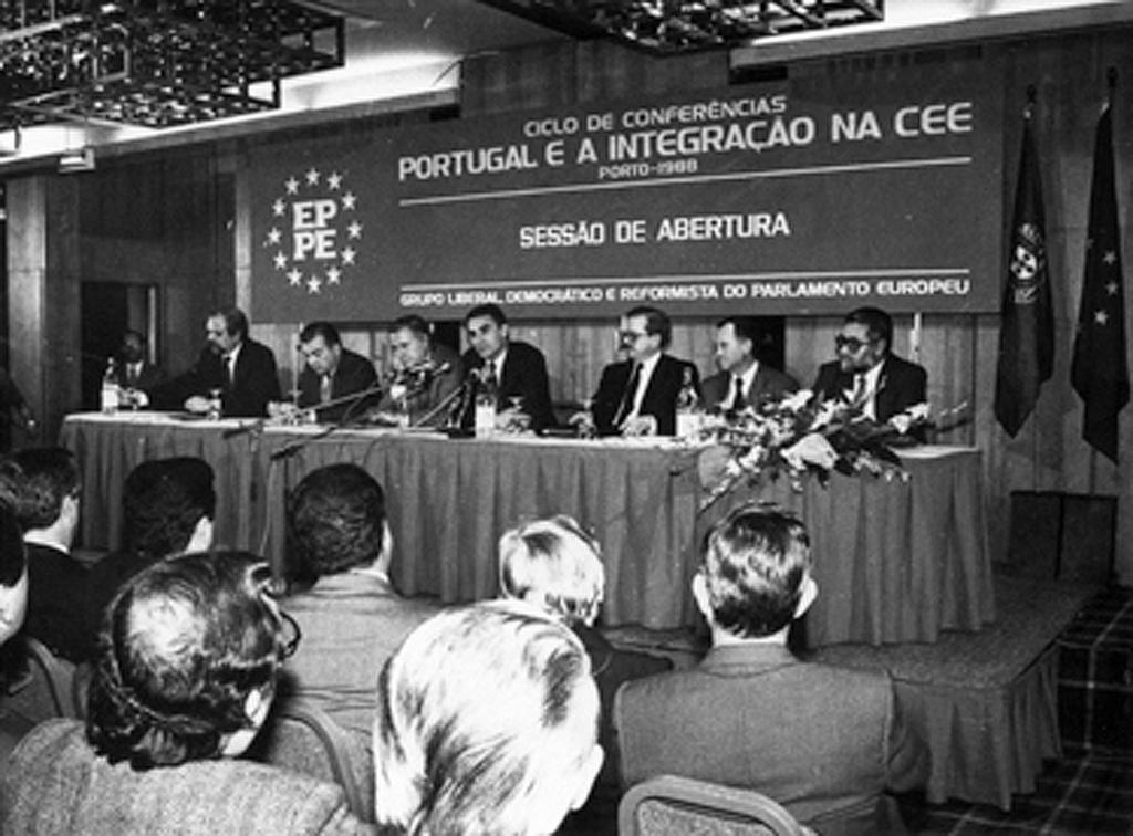 Series of lectures on 'Portugal and integration into the EEC' (Oporto, 22 January 1988)