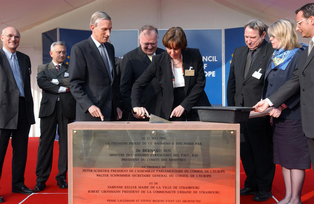 Laying the foundation stone of the new general building of the Council of Europe (Strasbourg, 12 May 2004)