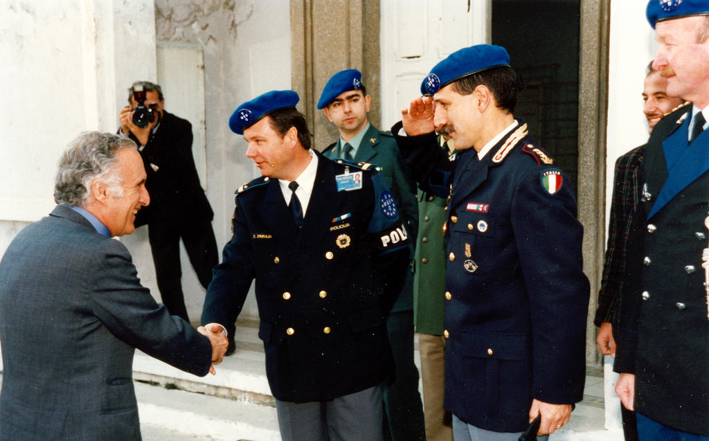 Visit by José Cutileiro to the MAPE headquarters (Tirana, 26 February 1998)