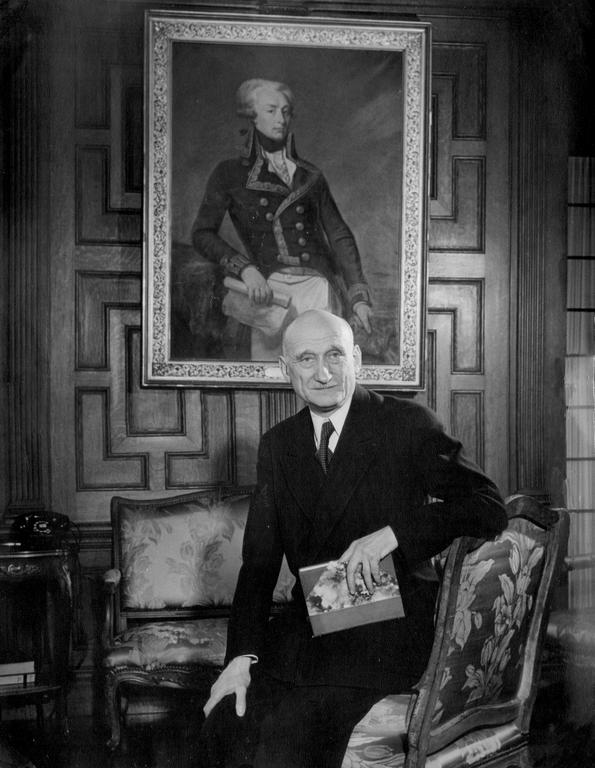Robert Schuman à l'ambassade de France à Washington (Avril 1949)