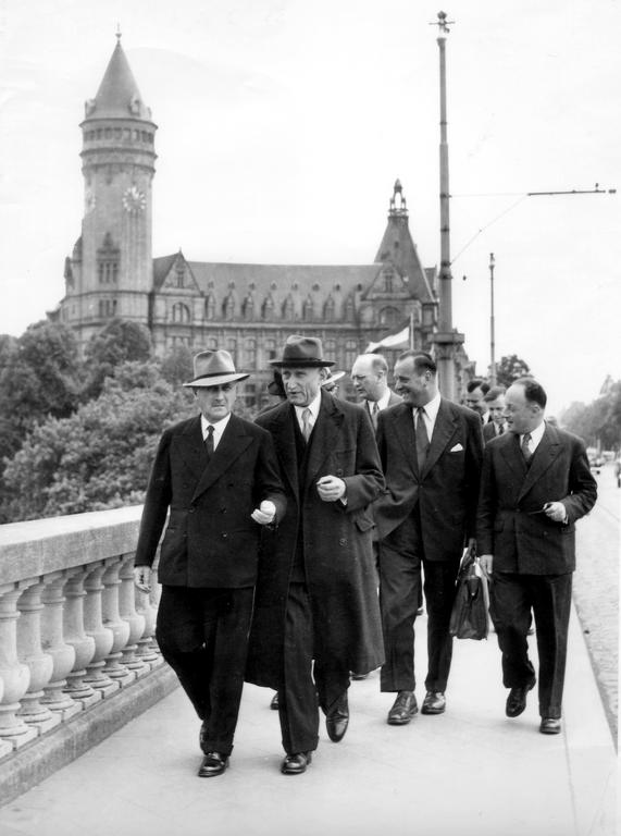 Jean Monnet and Robert Schuman in Luxembourg (9 May 1953)