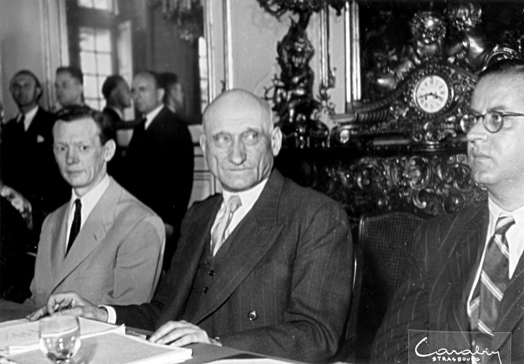 Robert Schuman with Maurice Couve de Murville at the first meeting of the Council of Europe (1949)