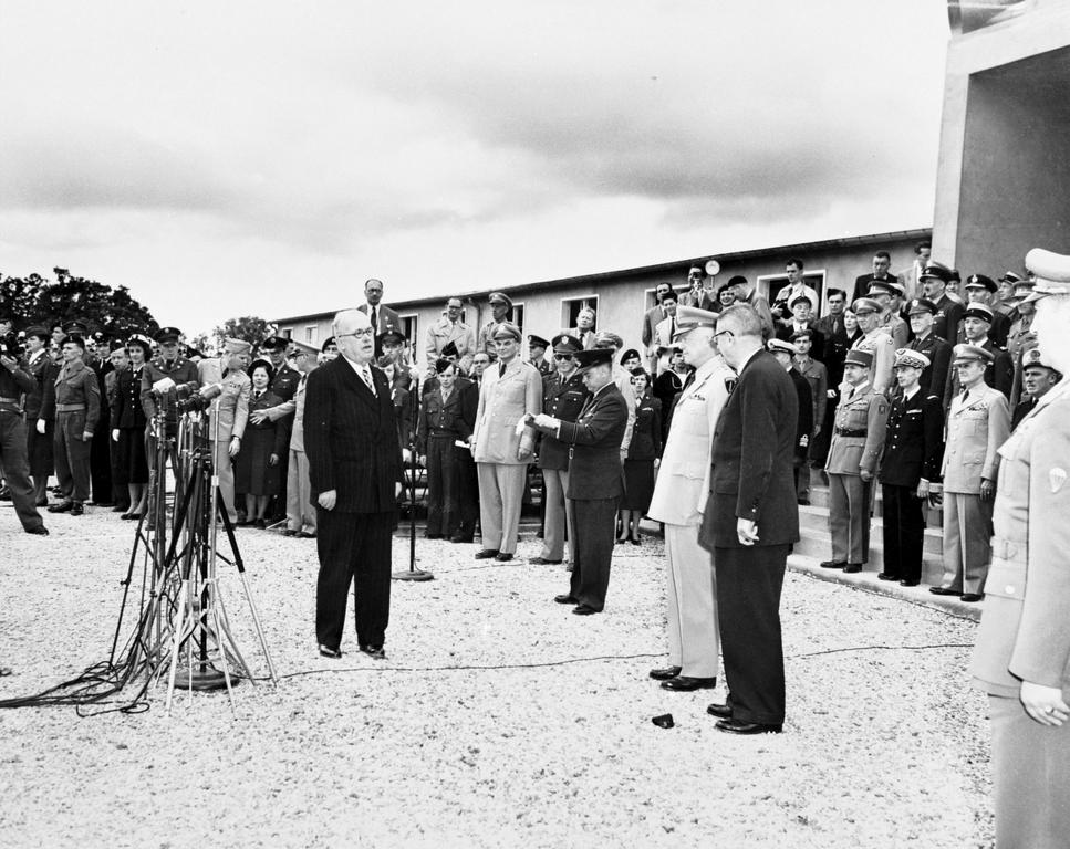 Address given by Vincent Auriol at the opening ceremony of SHAPE (Rocquencourt, 2 April 1951)