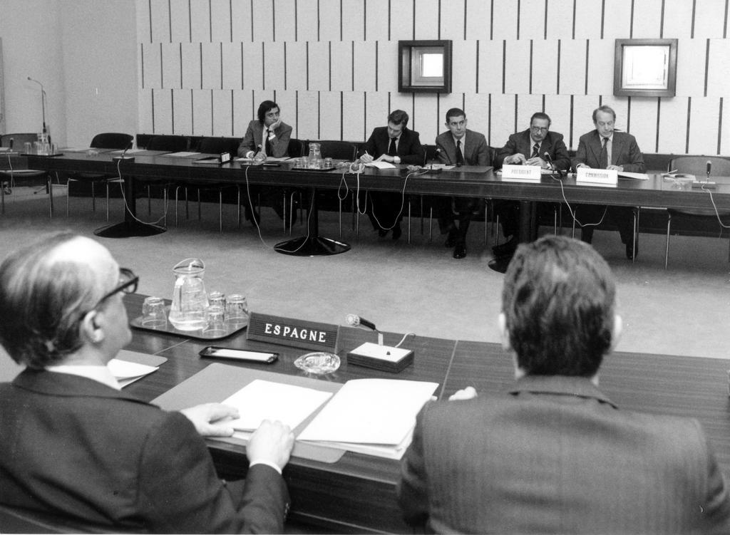 Preparatory meeting for Spain's accession (Brussels, 1977)