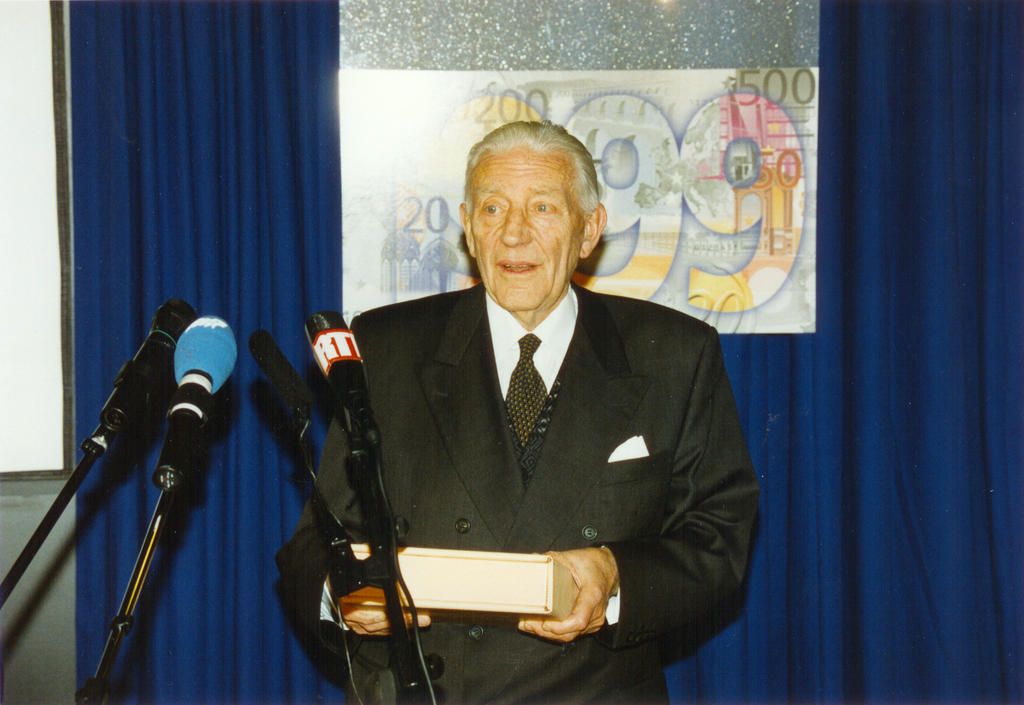 Address given by Pierre Werner on the eve of the launch of the euro (Luxembourg, 31 December 1998)