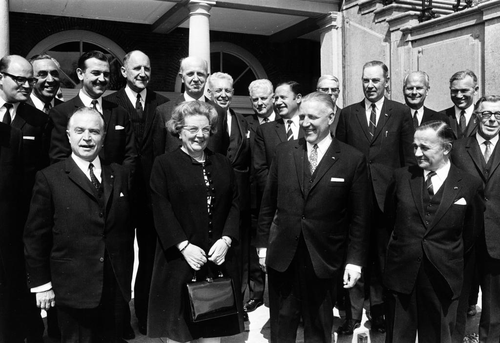 Reception held by Queen Juliana at the Benelux Summit (1968)