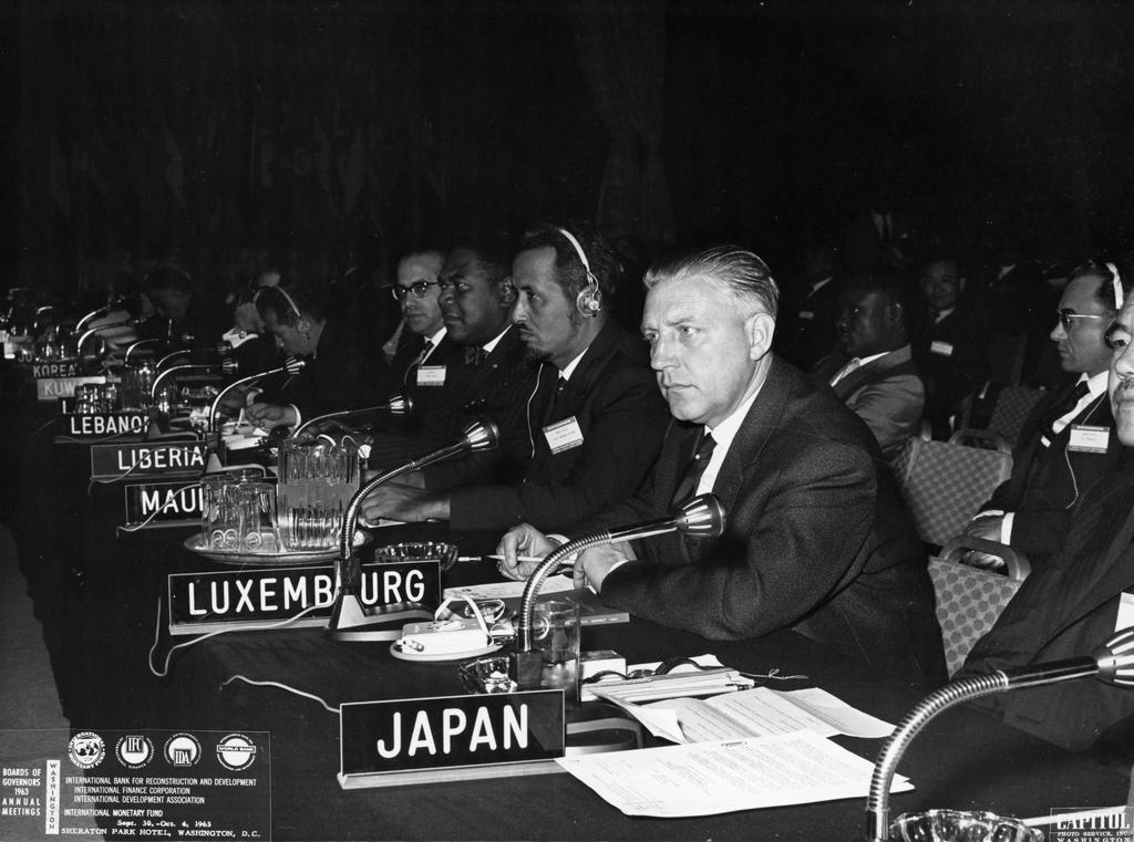 Pierre Werner at the Annual Meeting of the IMF Governors (Washington, 30 September 1963)