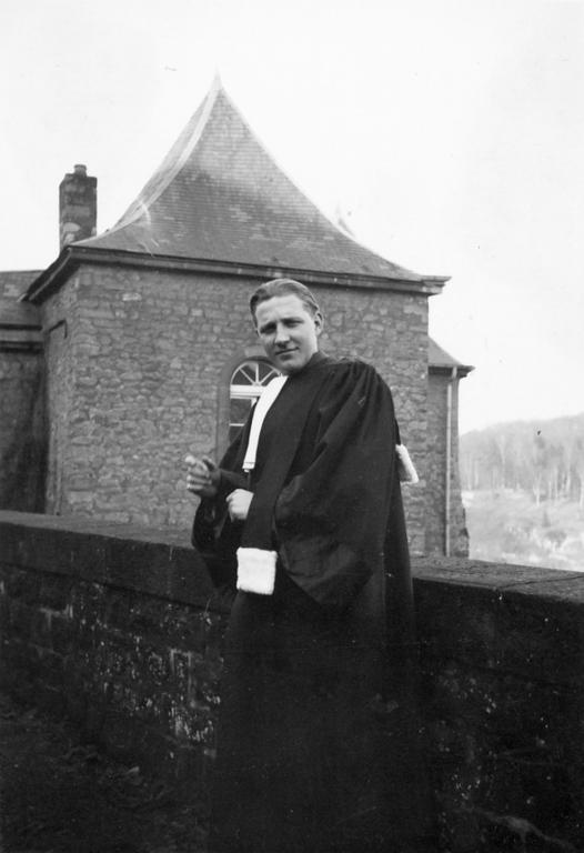 Pierre Werner is admitted to the Bar (1938)