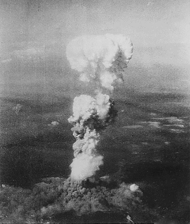 Atomic bomb on Hiroshima (6 August 1945)
