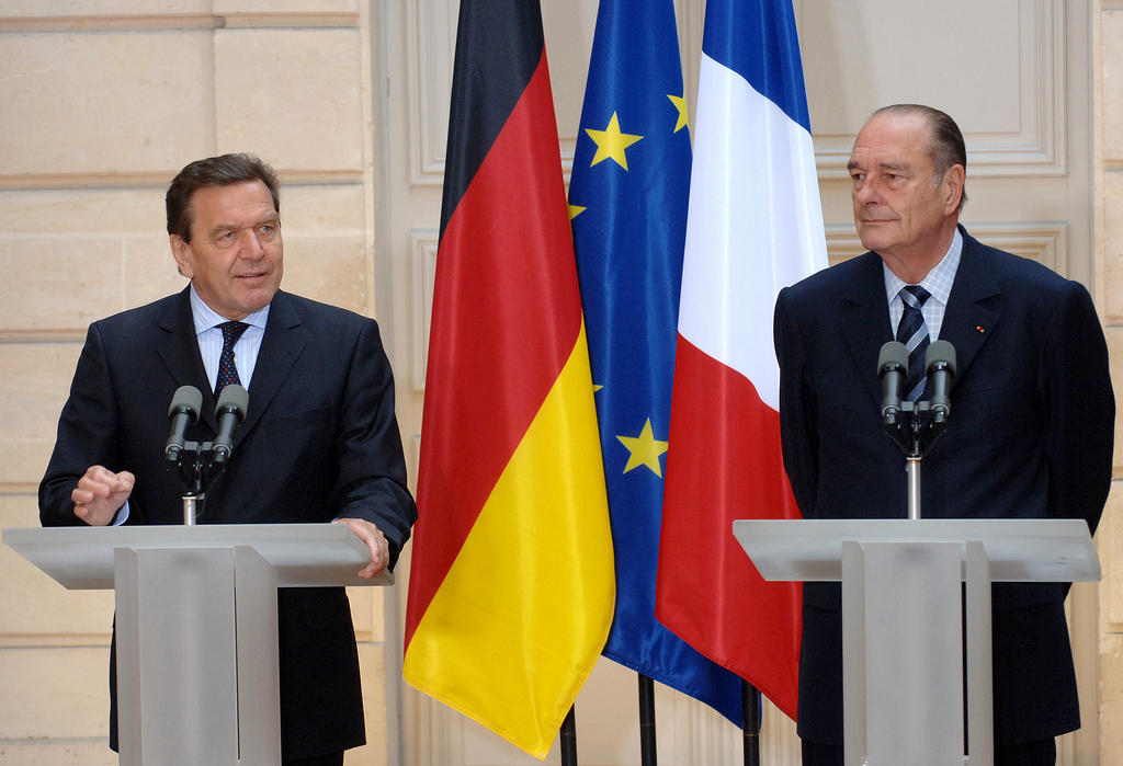 Joint press conference between Gerhard Schröder and Jacques Chirac (Paris, 10 June 2005)