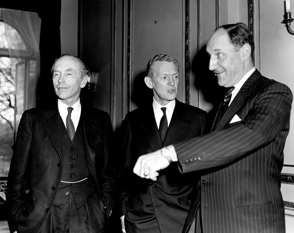 Lord Home, Maurice Couve de Murville and Joseph Luns at a meeting of the WEU Council of Ministers (London, 10 April 1962)