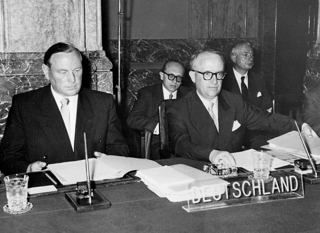 The German delegation at the Messina Conference (Messina, 1 June 1955)