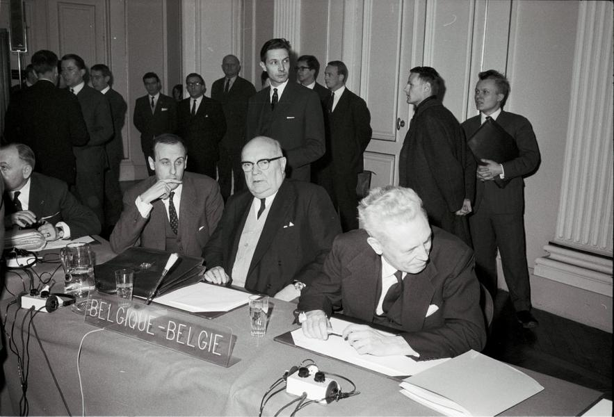 The Belgian delegation at the Luxembourg Extraordinary Council (17 and 18 January 1966)